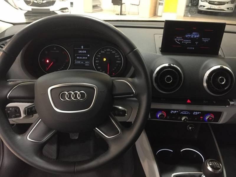 Audi A3 Sportback 2.0 TDI 150cv clean Attracted