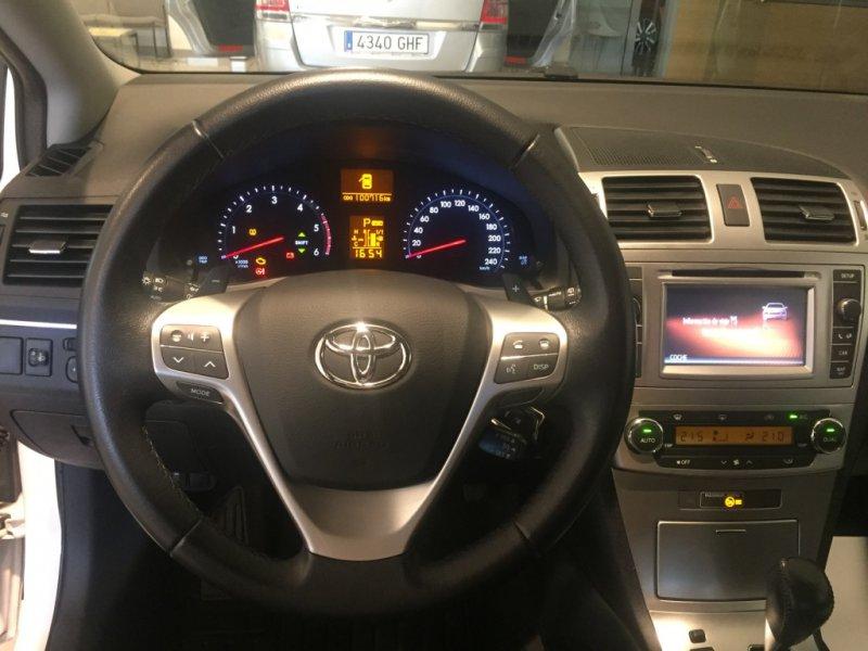 Toyota Avensis 150D AutoDrive Cross Sport Advance