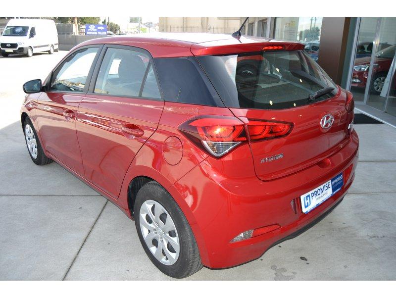 Hyundai i20 1.1 CRDi 75cv BlueDrive Essence