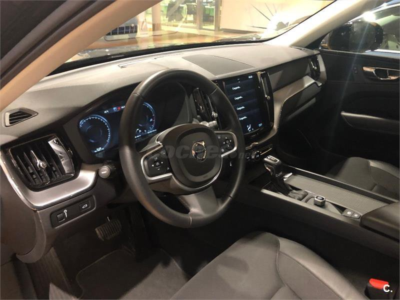 Volvo XC60 D4 AWD MOMENTUM