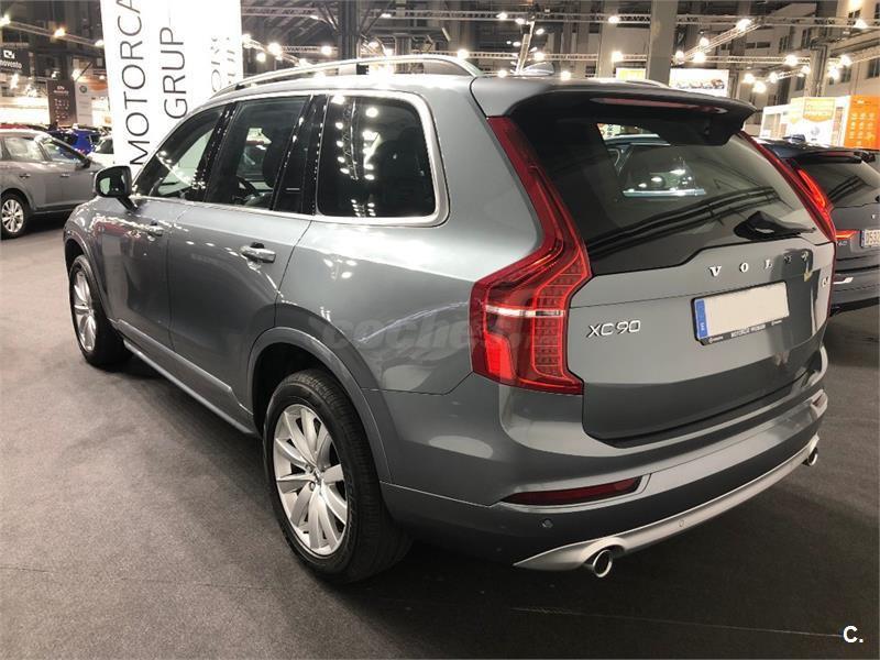 Volvo XC90 D4 AWD MOMENTUM