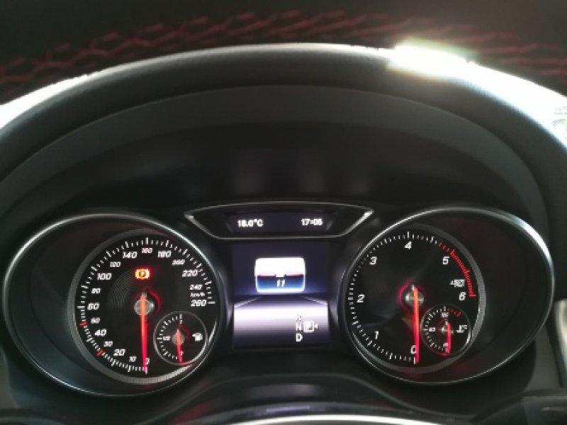 Mercedes-Benz Clase GLA GLA 200 d AMG Line