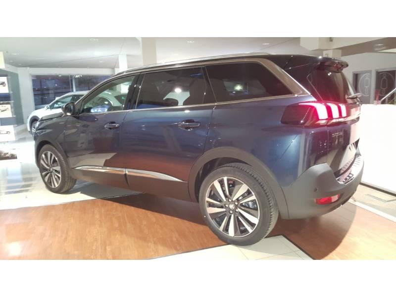 Peugeot 5008 BlueHDi 96kW (130CV) S&S EAT8 Crossway