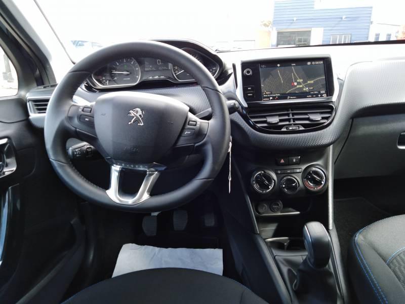 Peugeot 208 5P STYLE S 1.2L PureTech 60KW (82CV) Style S