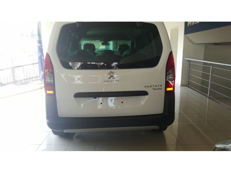 Peugeot Partner TEPEE Outdoor  1.6 BlueHDi 73KW (100CV)