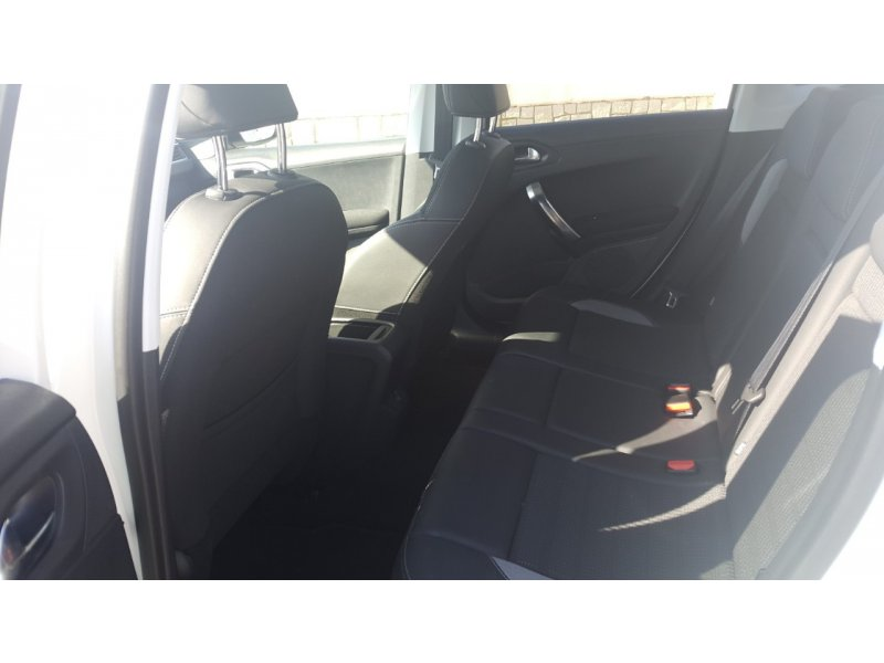 Peugeot 2008 Alllure 1.6 BlueHDi 88KW (120CV) S&S