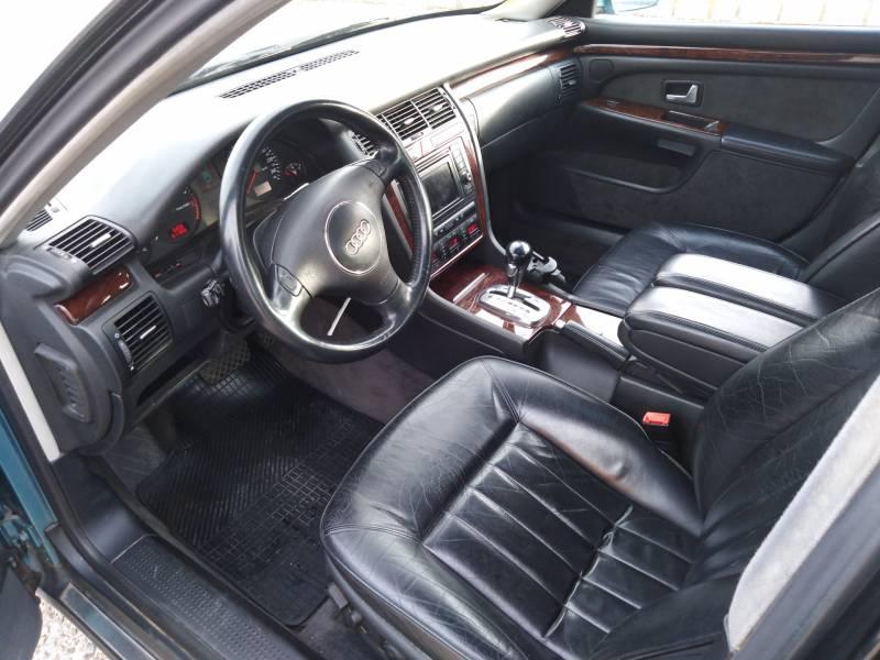 Audi A8 3.7 QUATTRO TIPTRONIC -