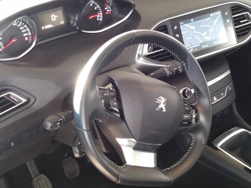 Peugeot 308 SW   1.2 PureTech 96KW (130CV) S&S Active
