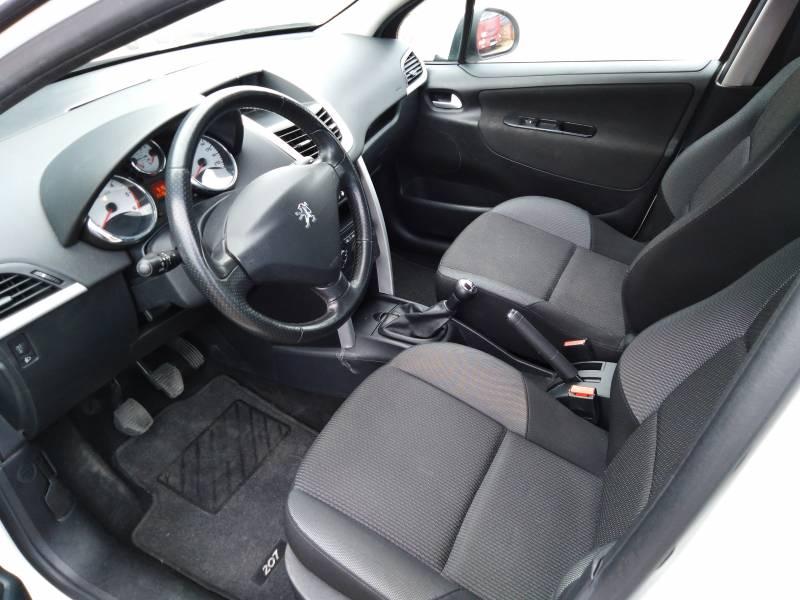 Peugeot 207 ACTIVE 1.4 HDI 70 FAP Active