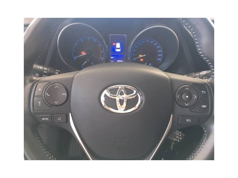 Toyota Auris 1.2 120T   Touring Sports Feel!