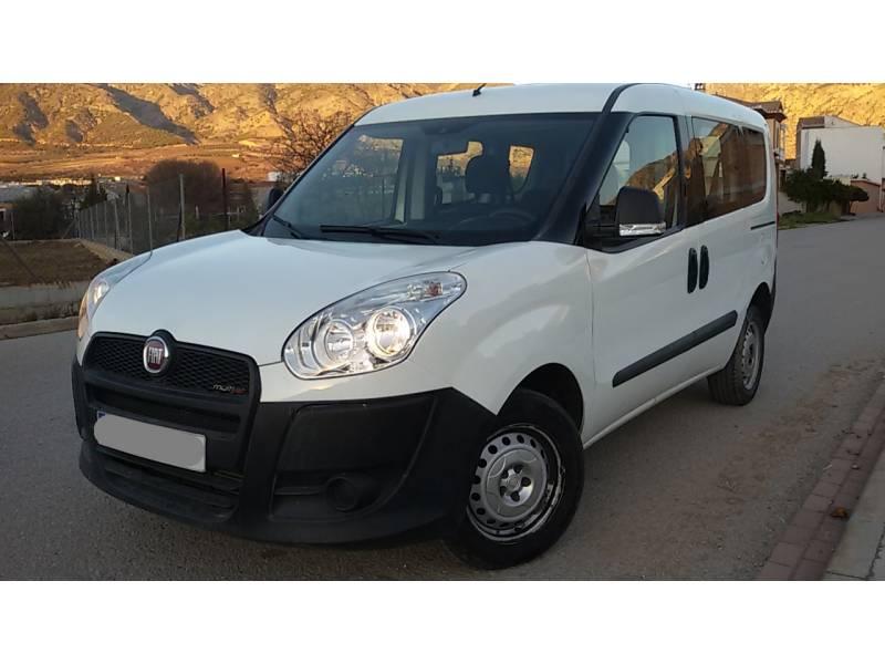 Fiat Dobl U00f2 1 3 Multijet 90 Cv Combi Diesel Blanco Con 67000kms En D U00farcal  Granada