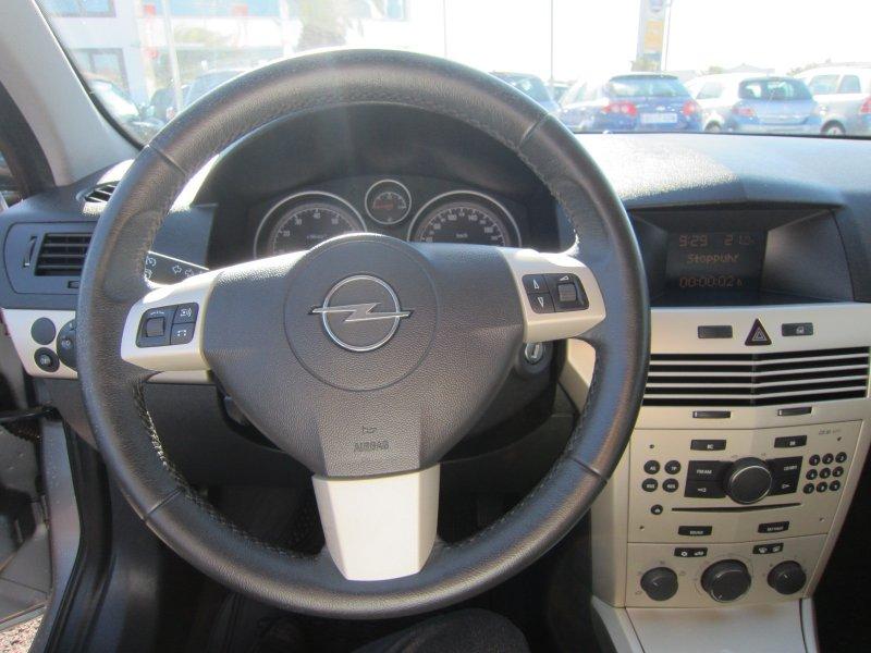 Opel Astra 1.6 16V ENJOY