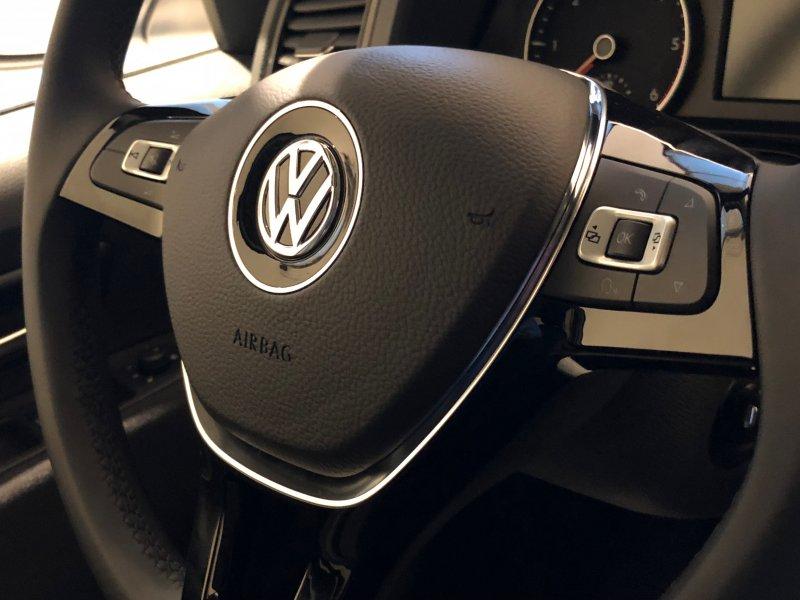 Volkswagen Amarok CD Conect 3.0TDI 4MO BMT 120kW Trendline