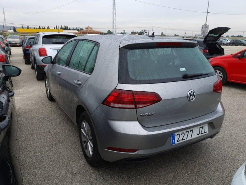 Volkswagen Golf 1.0 TSI Business