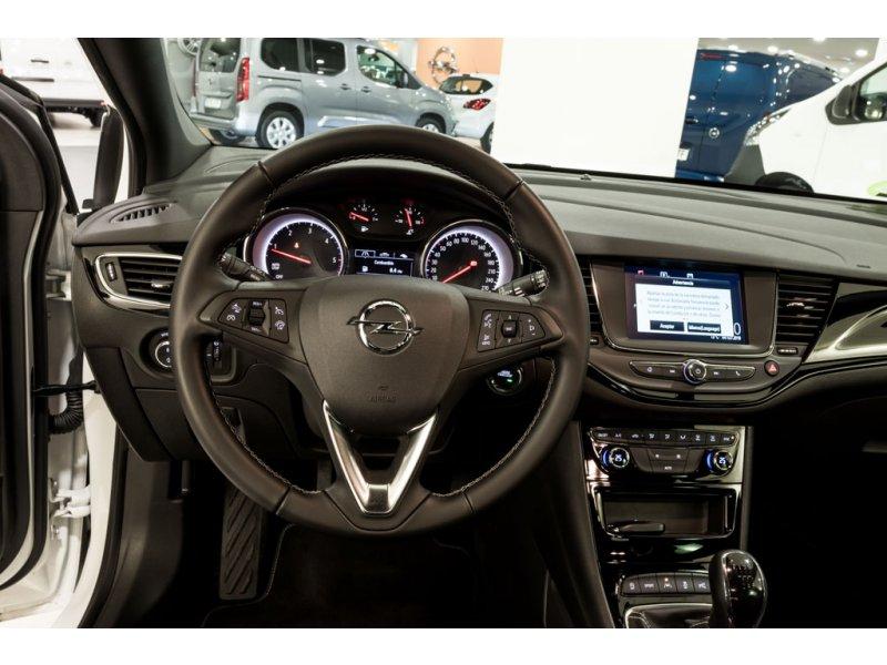 Opel Astra Dynamic 1.6 CDTi S/S 136 CV Dynamic