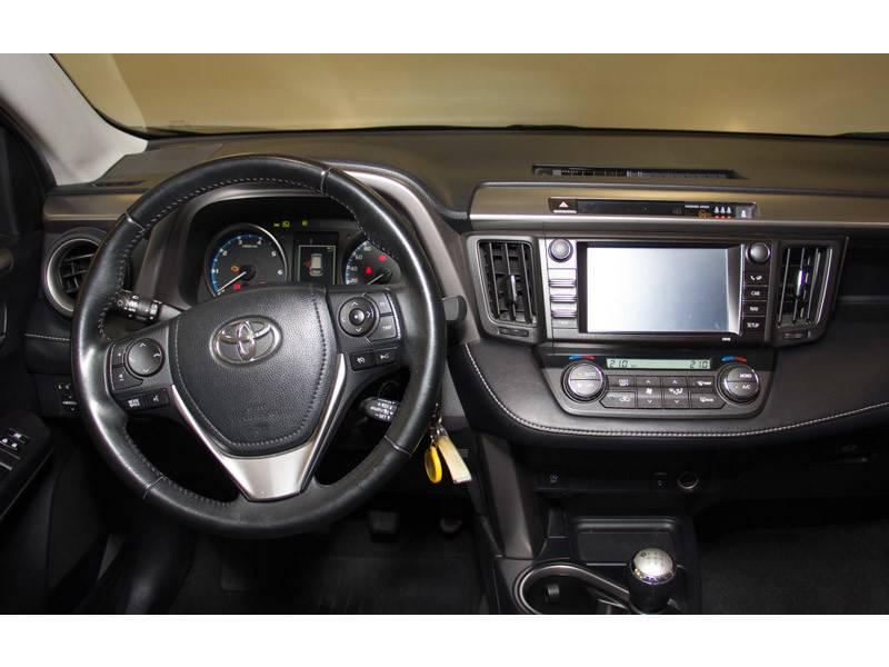 Toyota Rav4 2.0D 150D 2WD Advance