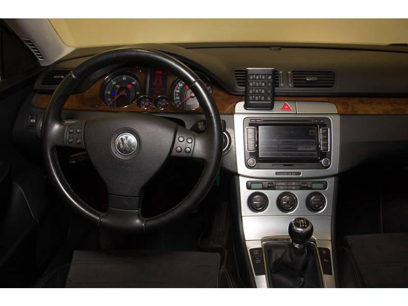 Volkswagen Passat 2.0 TDI 140cv   DSG Highline