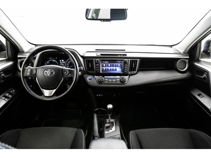 Toyota Rav4 2.5l hybrid 2WD Advance