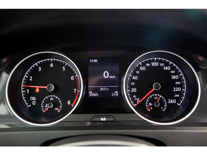 Volkswagen Golf 1.0 TSI Advance