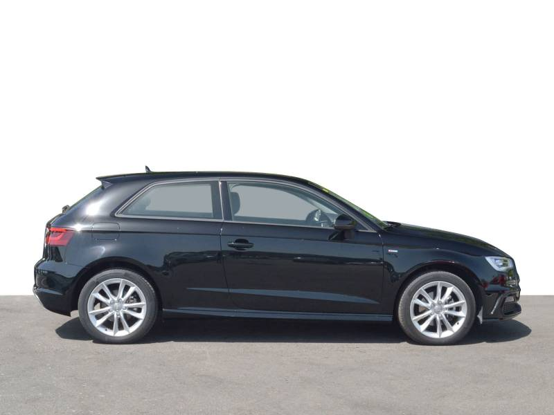 Audi A3 1.4 TFSI 125cv Attraction