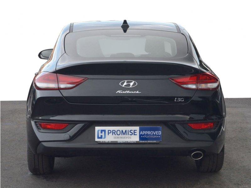 Hyundai i30 1 0 tgdi klass fastback gasolina negro con - Tapiceria granollers ...