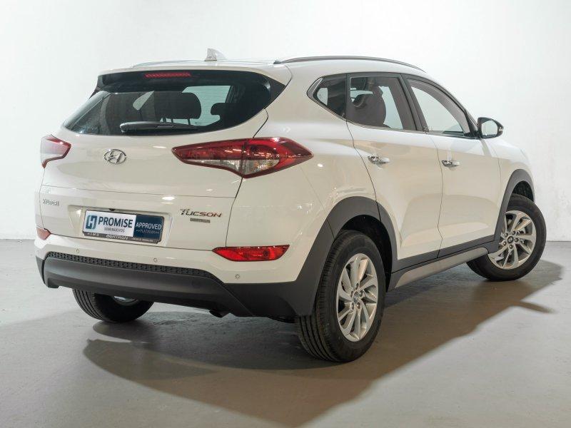 Hyundai tucson 1 7crdi 85kw 115cv bluedrive 4x2 go - Tapiceria granollers ...