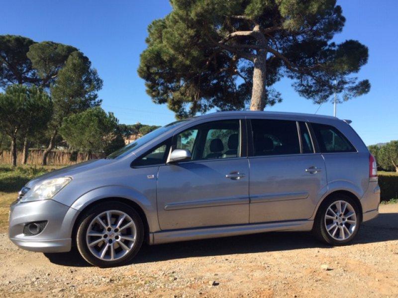 Opel Zafira 1.9 CDTi 120 CV Cosmo