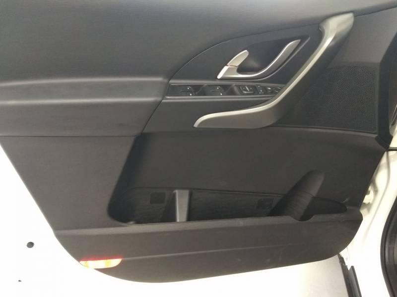 Mahindra XUV500 W6  FWD (4X2)   - 7 plazas W6