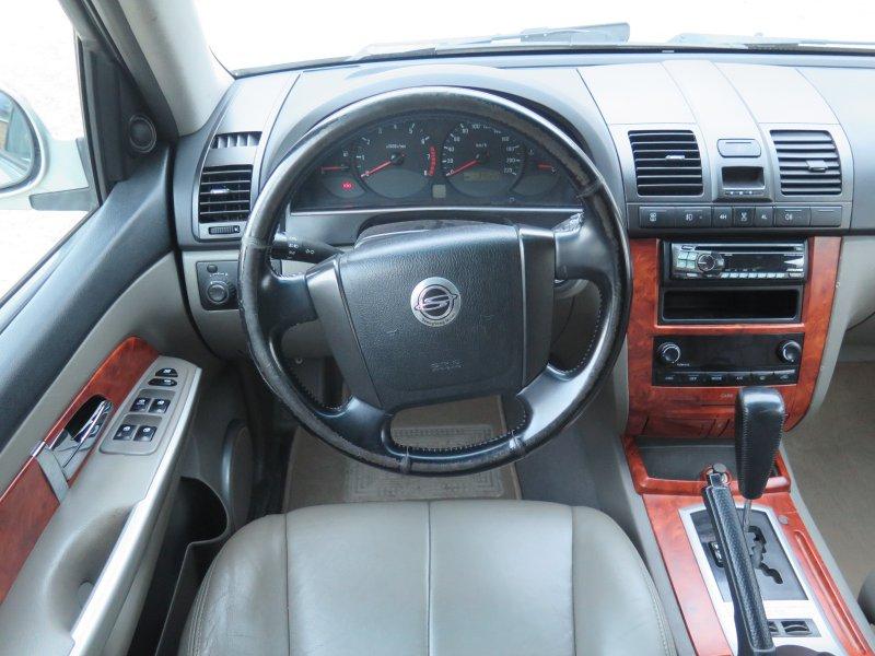 Ssangyong Rexton 3.2   220CV  AUTO