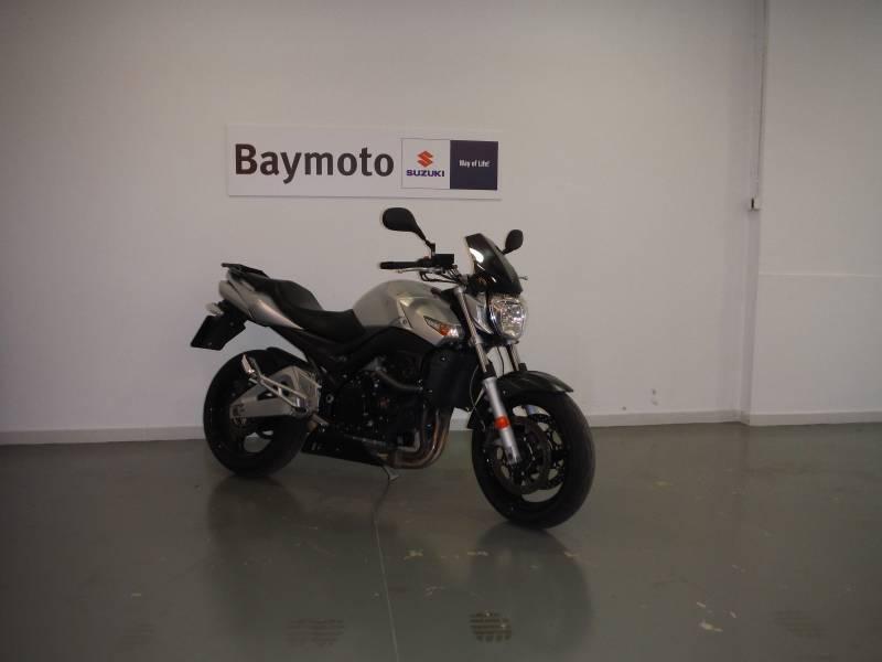 Suzuki  Sin determinar 600