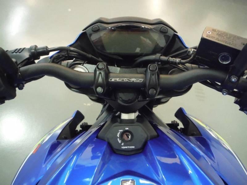 Suzuki-Moto GSXR 750 750