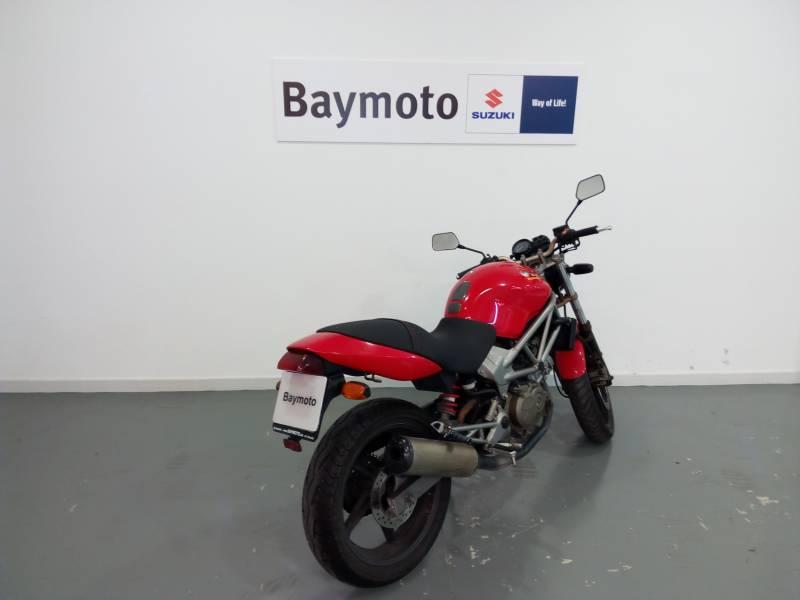 Honda-Moto VTR 250 .
