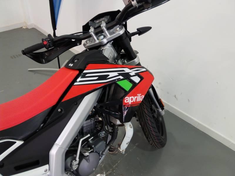 Aprillia RX 50  .