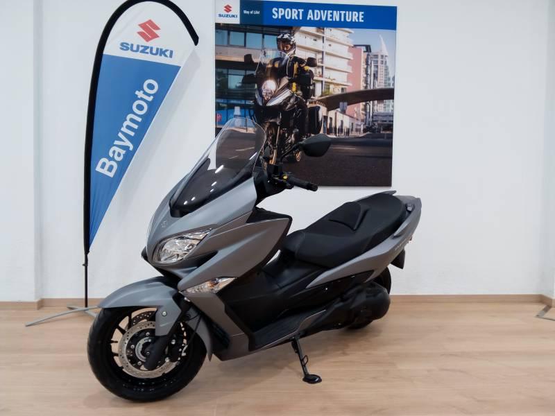 Suzuki-Moto Burgman 400 ABS .