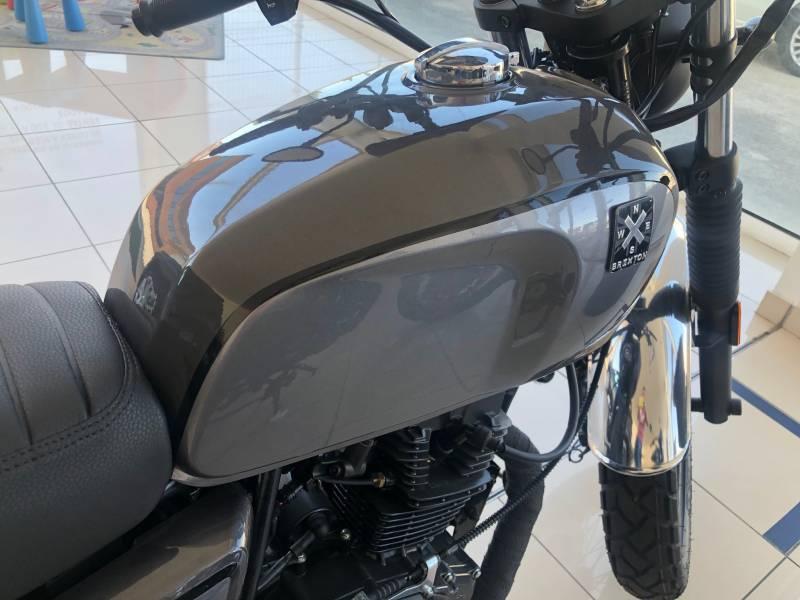 Brixton Motorcycles BX 125 125CC 4T