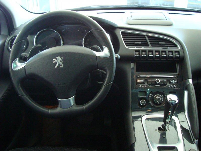 Peugeot 3008 1.6 e-HDI 115 FAP ETG6 B.Lion Automático Allure