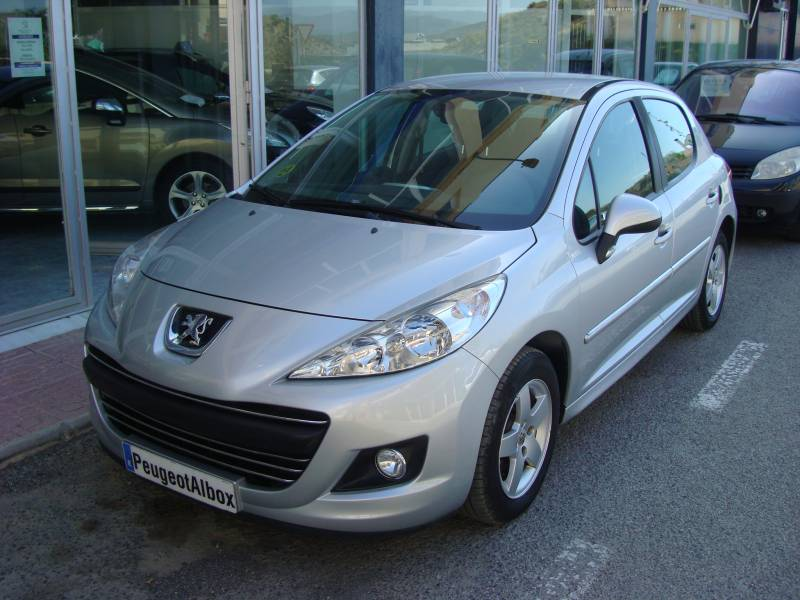 Peugeot 207 1.4 HDi 70cv Sport