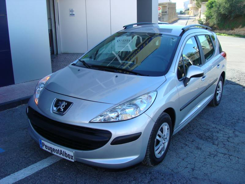 Peugeot 207 SW   1.6 HDI 90 Confort
