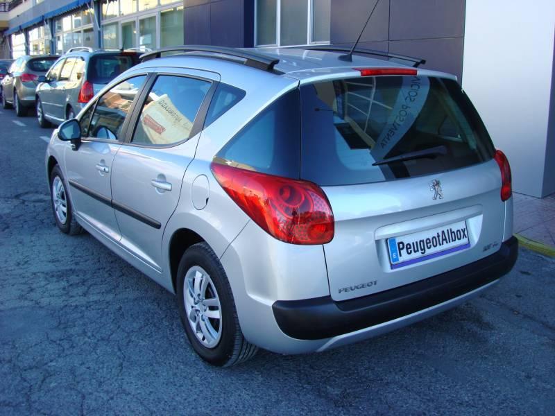 Peugeot 207 SW   1.6 HDI 90 Confort