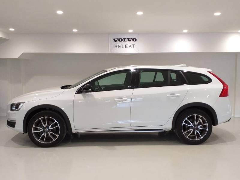 Volvo V60 Cross Country 2.0 D3 Plus