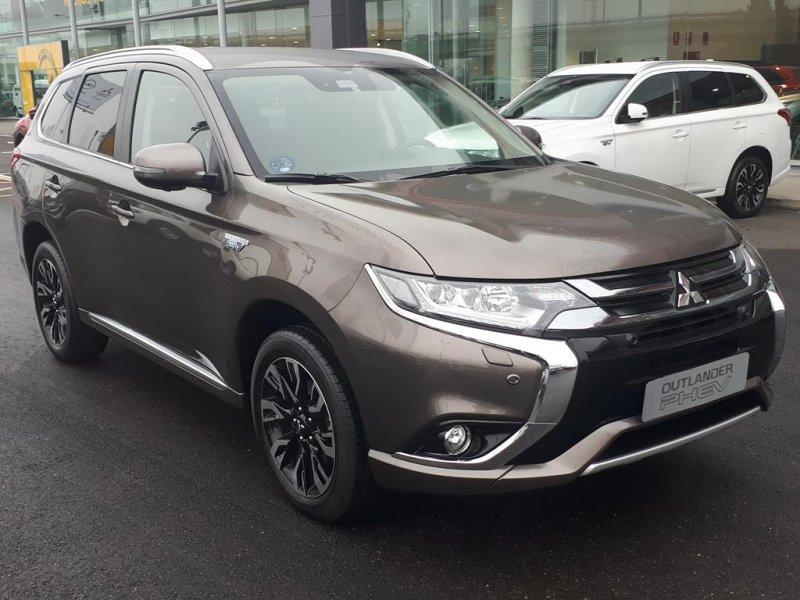 Mitsubishi Outlander 2.0 PHEV Auto 4WD Kaiteki