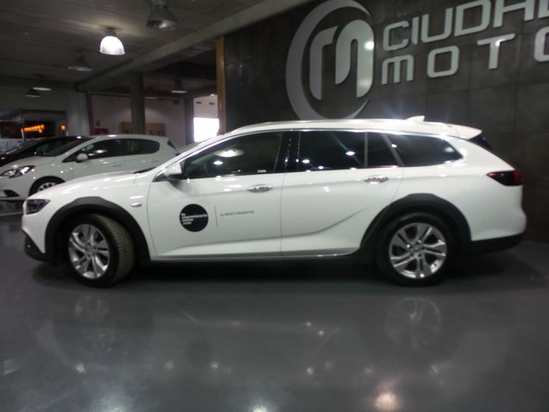 Opel Insignia CT 2.0 CDTi Biturbo 4x4 Country To. Auto Country Tourer