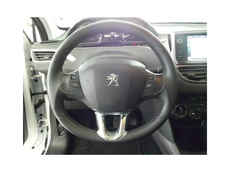Peugeot 2008 1.2 VTi 82 Active