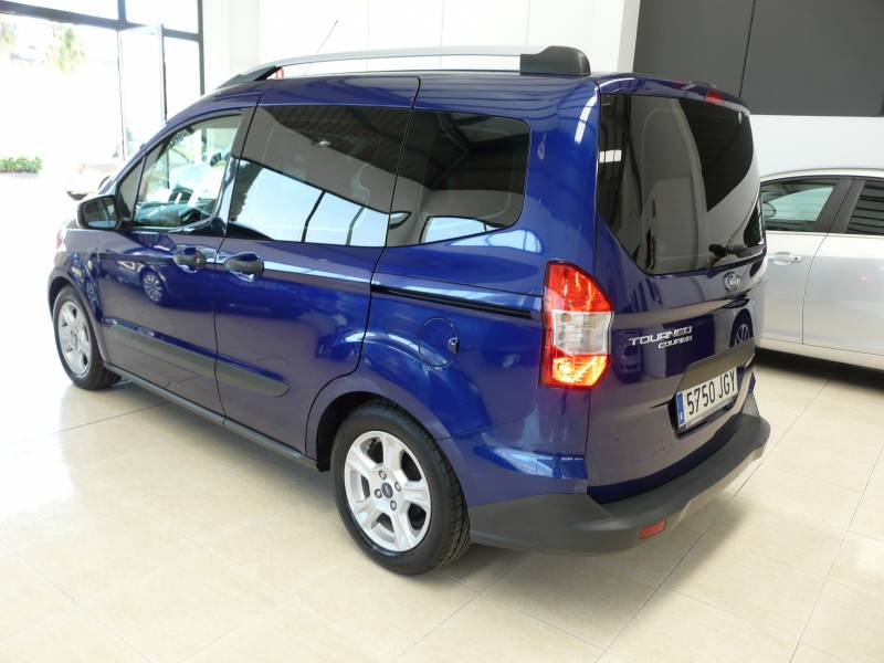 Ford Tourneo Courier 1.5 TDCi 75cv Ambiente