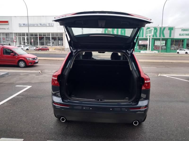 Volvo XC60 2.0 T4   Auto Momentum