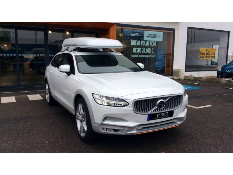 Volvo V90 Cross Country 2.0 D4 AWD   Auto VOR