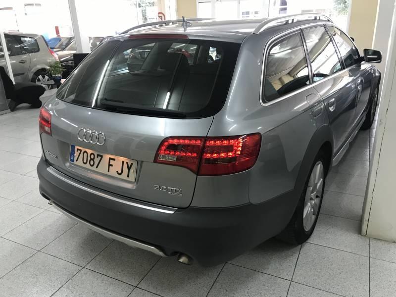 Audi Allroad Quattro 3.0 TDI quattro tiptronic -