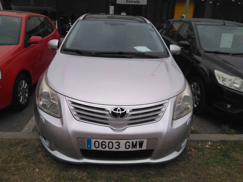 Toyota Avensis 1.8 VVT-i Multid.S   Cross Sport Advance