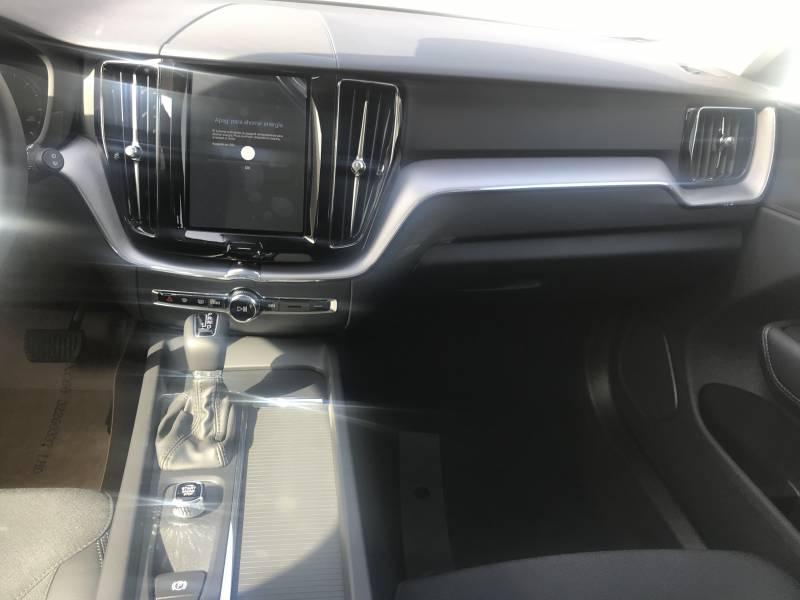 Volvo XC60 2.0 D4   Auto Business Plus
