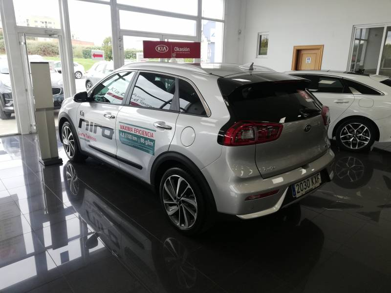 KIA Niro 1.6 GDi Híbrido 104kW (141CV) Emotion (Pack Luxury)